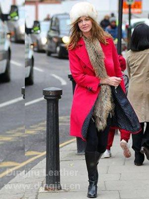 学明星装扮 保暖冬帽戴出个性化