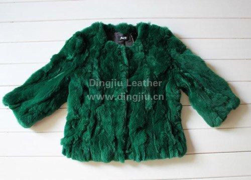 实拍冬季衣柜必备皮草外套 搭出高贵名媛范