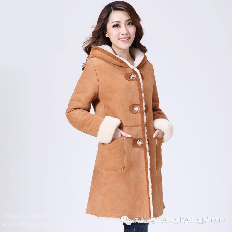 羊毛卷花皮毛betvictor1946手机女式外套