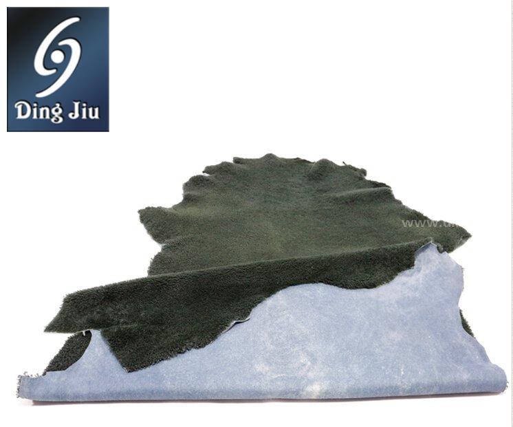 """河南丁九专注皮毛制品16年,""""河南丁九""""羊毛卷花靴口毛产品深受国内外新老客户的青睐。"""