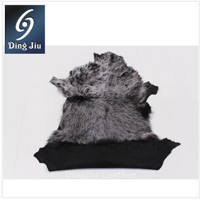 """河南丁九专注皮毛制品16年,""""河南丁九托斯卡纳羊毛皮""""产品深受国内外新老客户的青睐。"""
