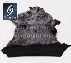 """河南丁九专注皮毛制品16年,""""河南丁九""""托斯卡纳羊毛皮产品深受国内外新老客户的青睐。"""